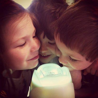 Kids around a diffuser