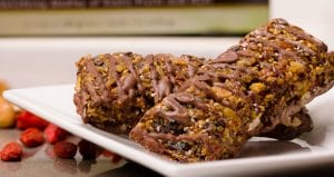 Wolfberry Crisp Bars in Chocolate